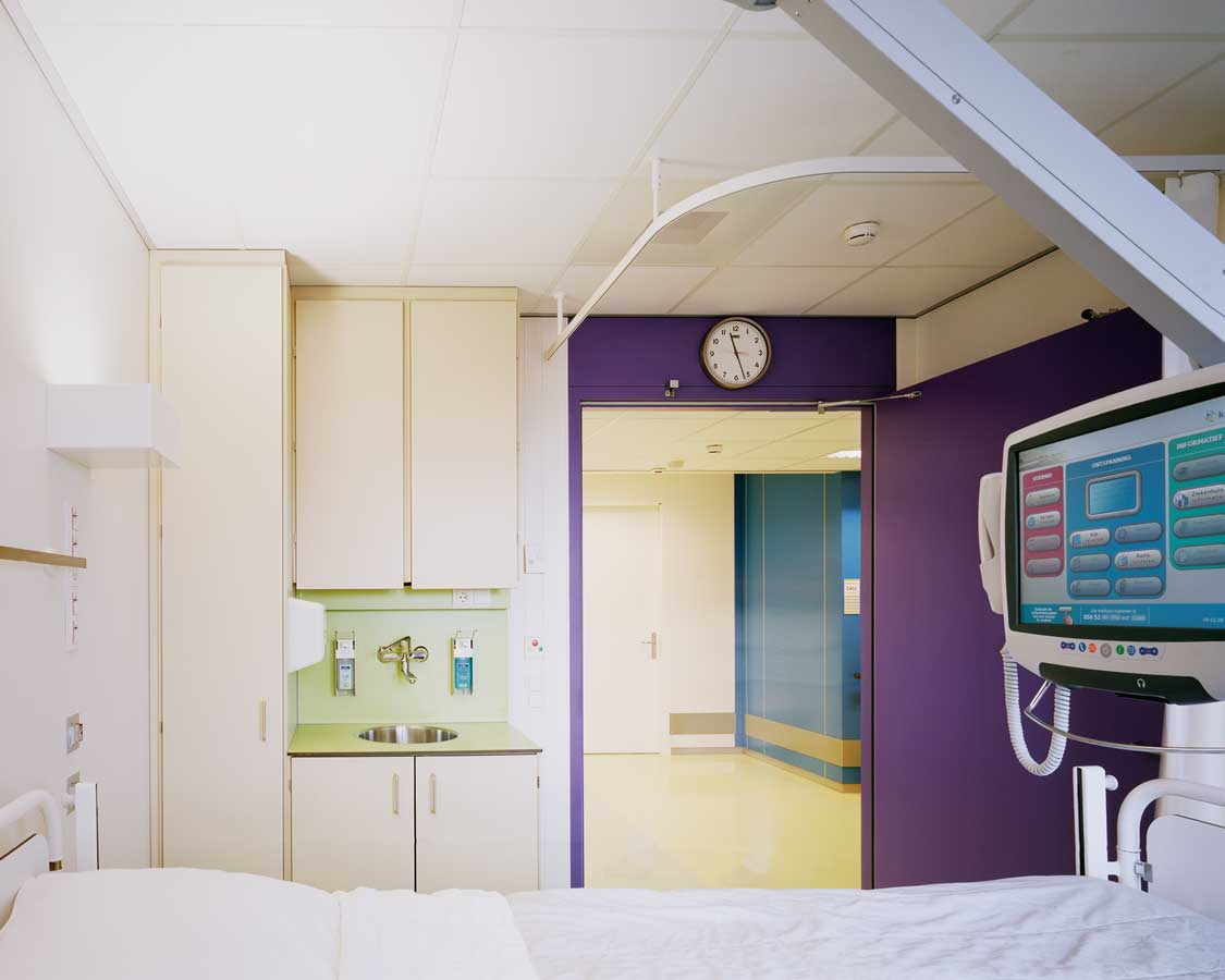 https://daf9627eib4jq.cloudfront.net/app/uploads/2017/01/martini-ziekenhuis-in-groningen-door-burger-grunstra-architecten-en-vos-interieur-3.jpg