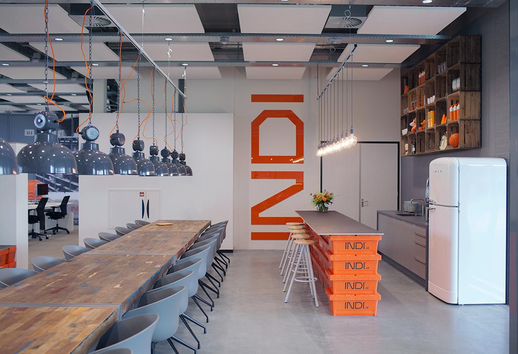 Studio MFD ontwerpt industrieel interieur voor kantoor INDI - De ...