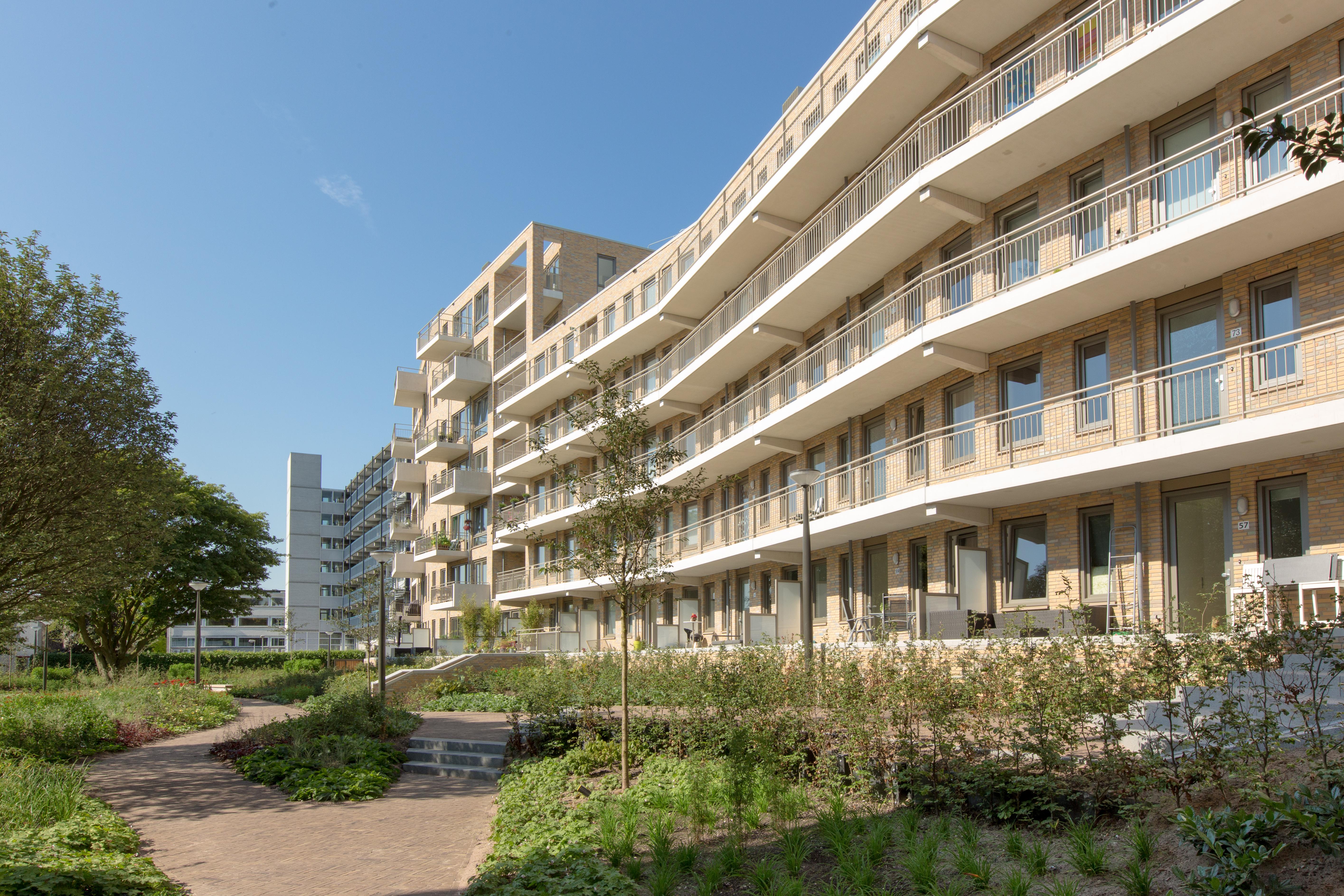 <p>Winnaar VKG Publieksprijs 2014: Huis van Hendrik in Haarlem door Heren 5 Architecten (Foto: Bas Uterwijk)</p>