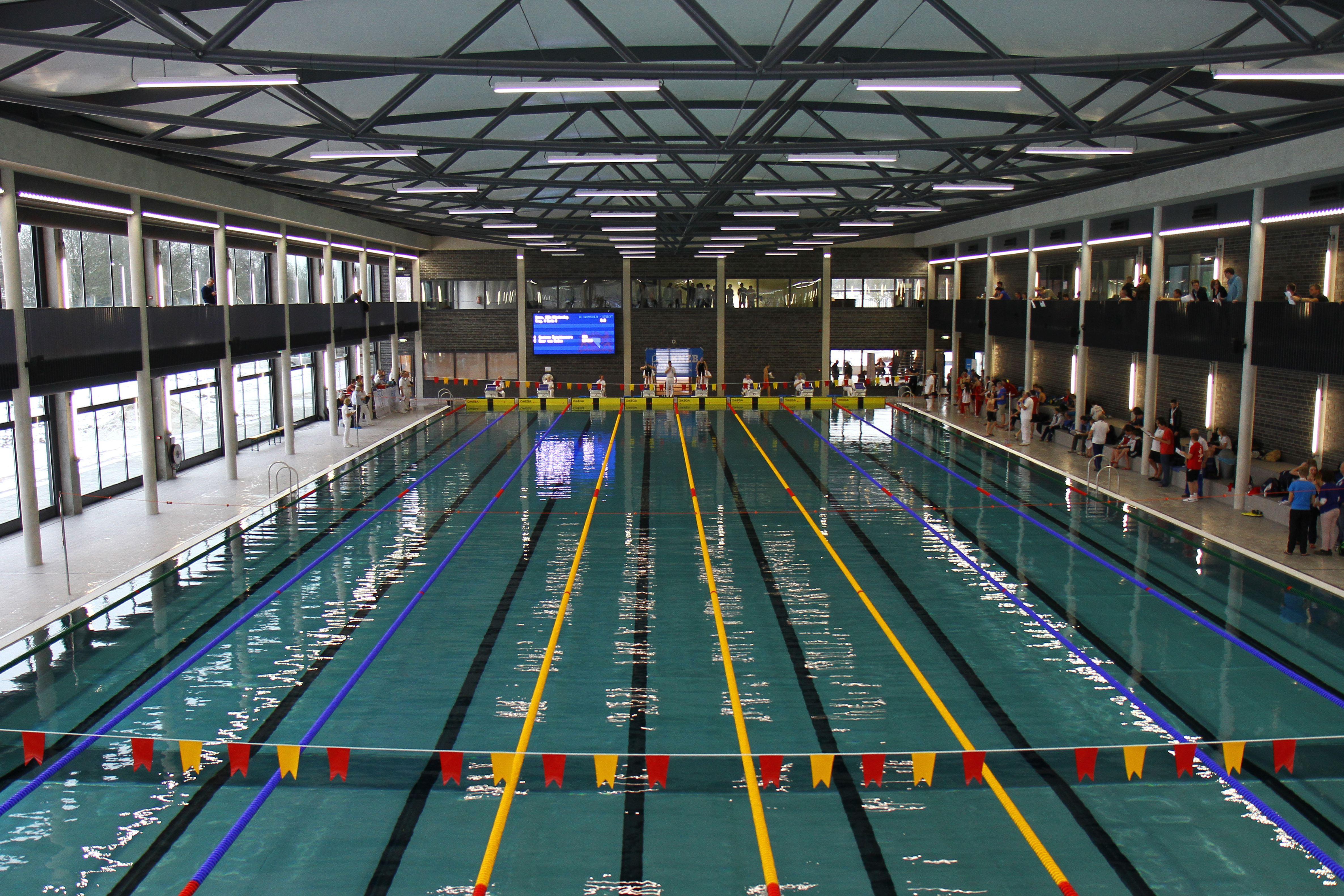 Zwembad de krommerijn in utrecht de architect