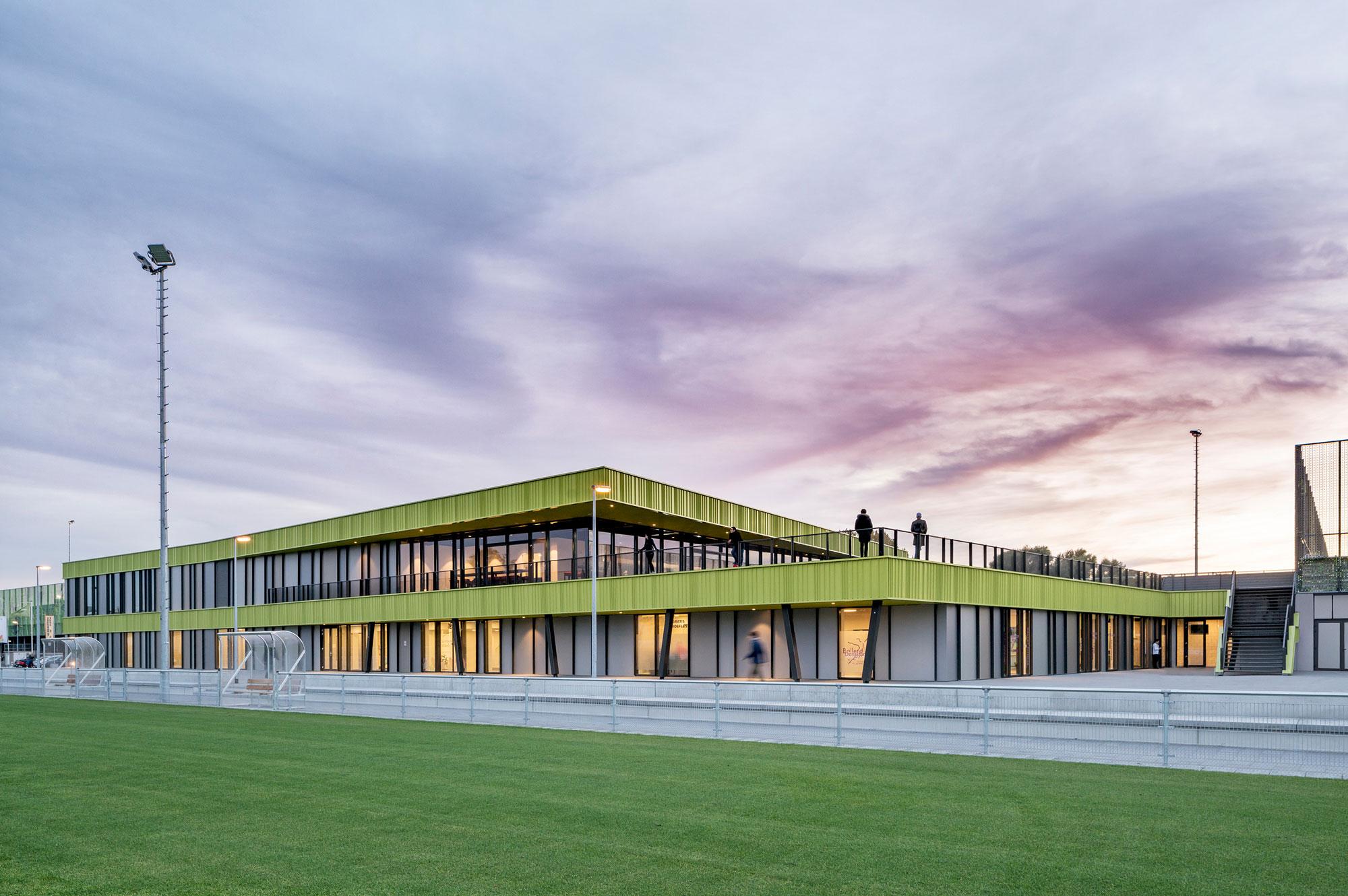 sportpark willem alexander moederscheimmoonen architects de architect. Black Bedroom Furniture Sets. Home Design Ideas