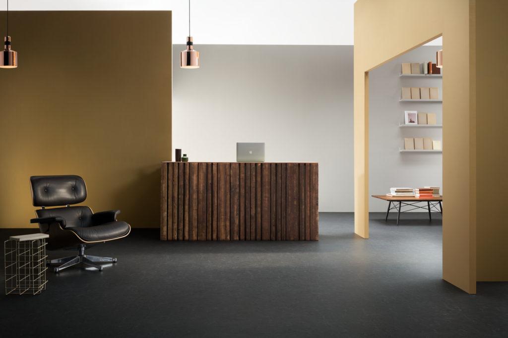 Marmoleum cocoa van forbo in de prijzen de architect