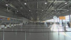 Tijdelijke vertrekhal Schiphol geopend