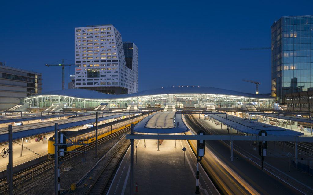 Centraal Station Utrecht door Benthem Crouwel Architects (Foto: Jannes Linders)