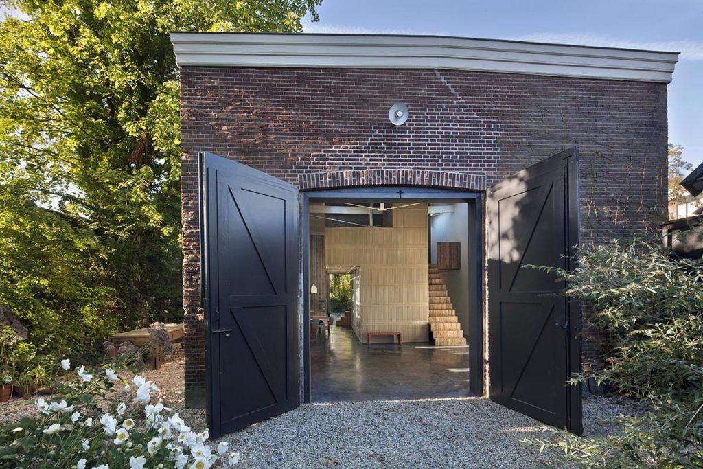 Verbouwing Koetshuis House of Rolf door Studio Rolf i.s.m. Niek Wagemans (Foto: Christel Derksen & Rolf Bruggink)