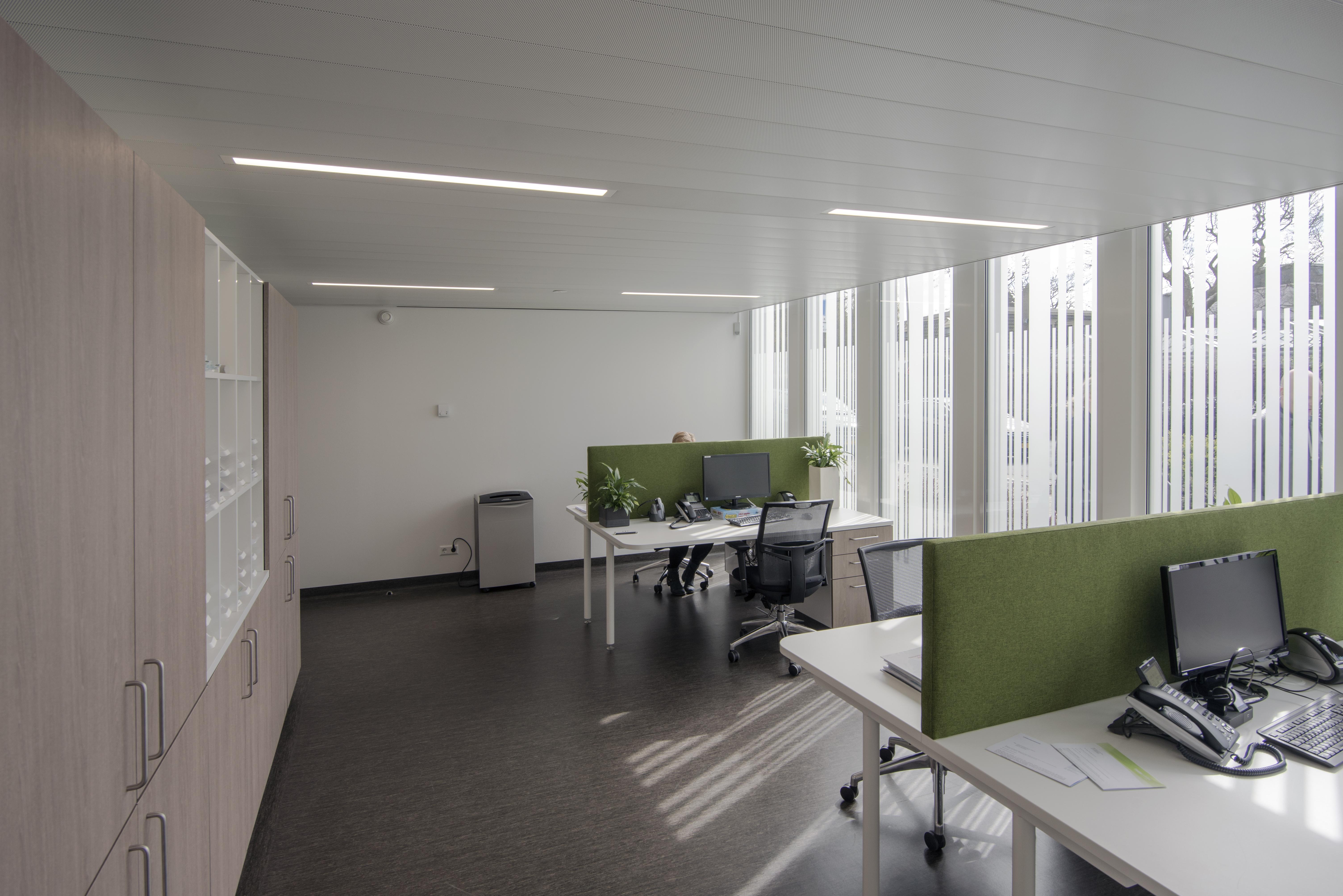 <p>Back office van de huisartsen in De Kandelaar – HET architectenbureau</p>