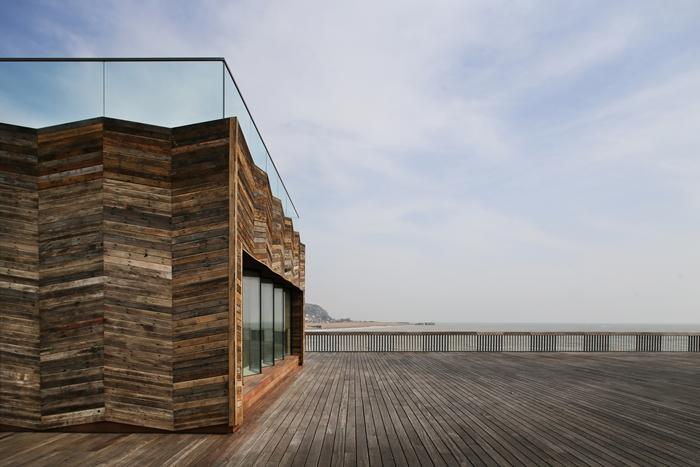 Nominatie RIBA Stirling Prize 17: HastingsPier door dRMM Architects. Fotograaf Alex de Rijke