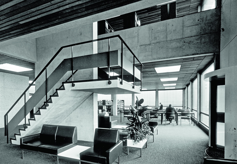 <p>Het oorspronkelijke gebouw uit 1970. Ontwerp C. Elffers, A. van der Heyden en C. Hoogeveen</p>