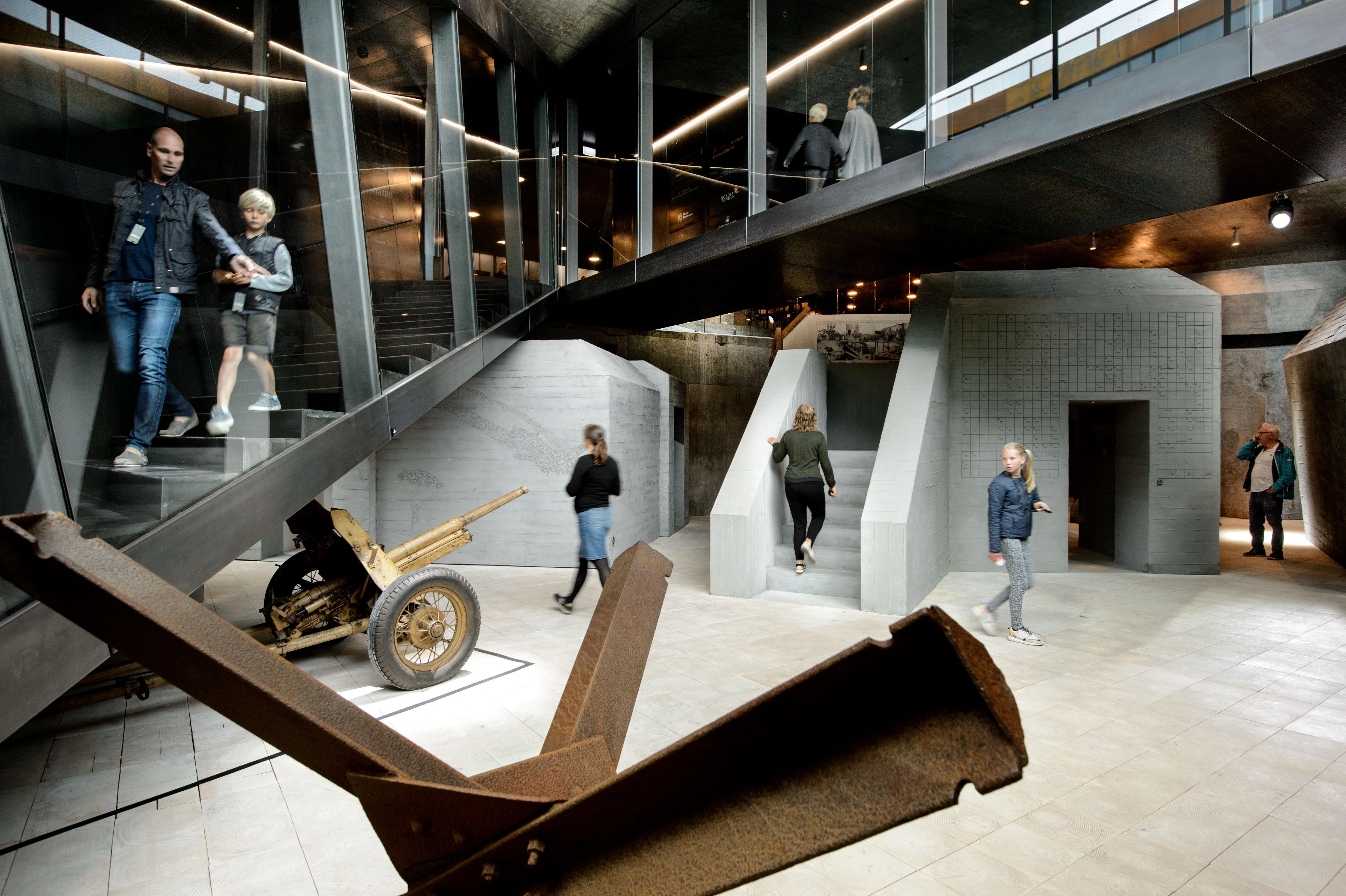 <p>Army of Concrete. Foto Mike Bink</p>