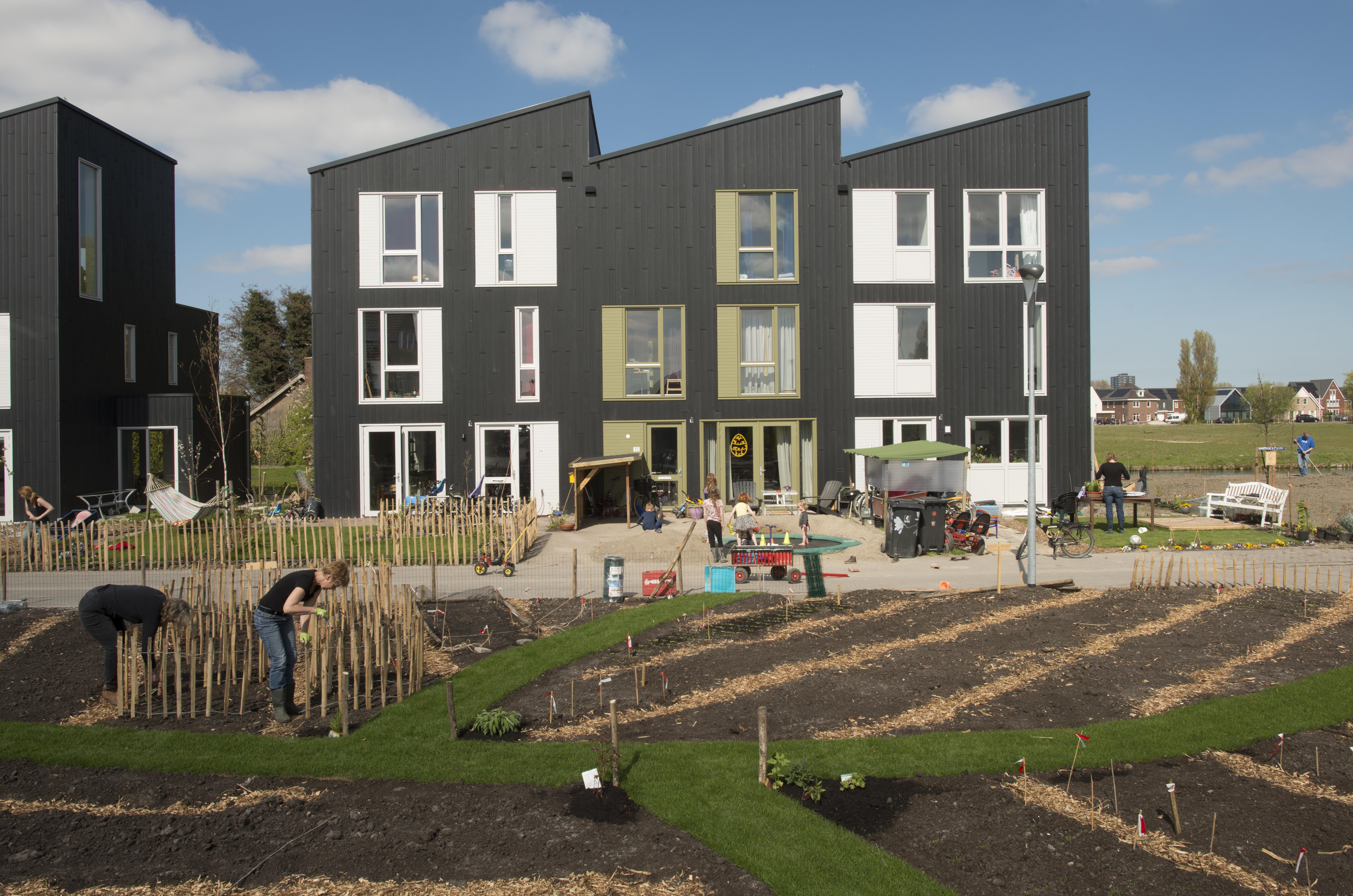 <p>Geworteld Wonen, RijswijkBuiten  (foto:Rufus de Vries)</p>