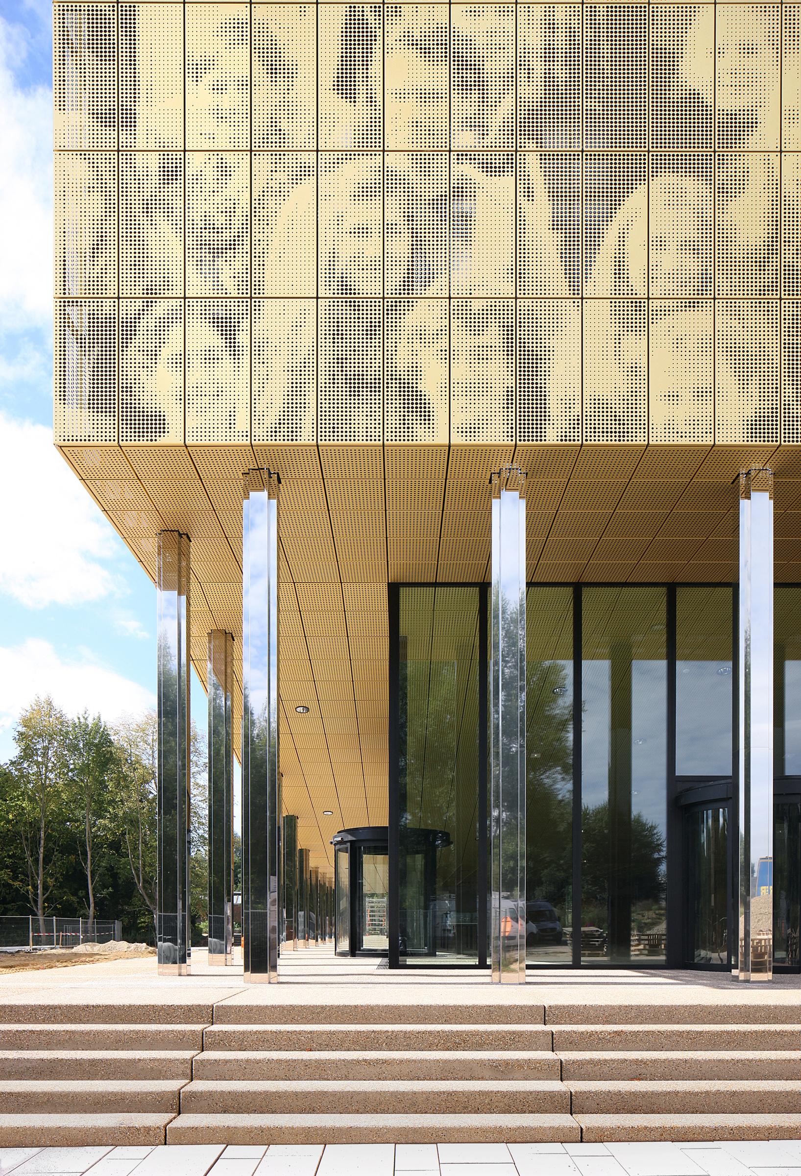 <p>Gebouw O Universiteit Antwerpen, foto's © Filip Dujardin</p>