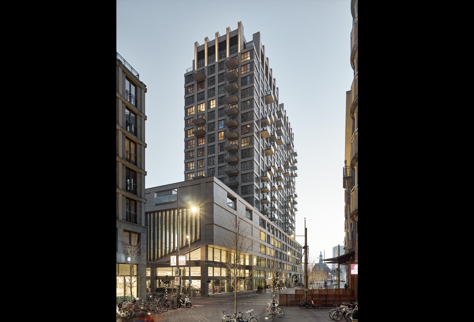 <p>de appartemententoren en de Faculteit Campus Den Haag, foto Stefan Müller</p>