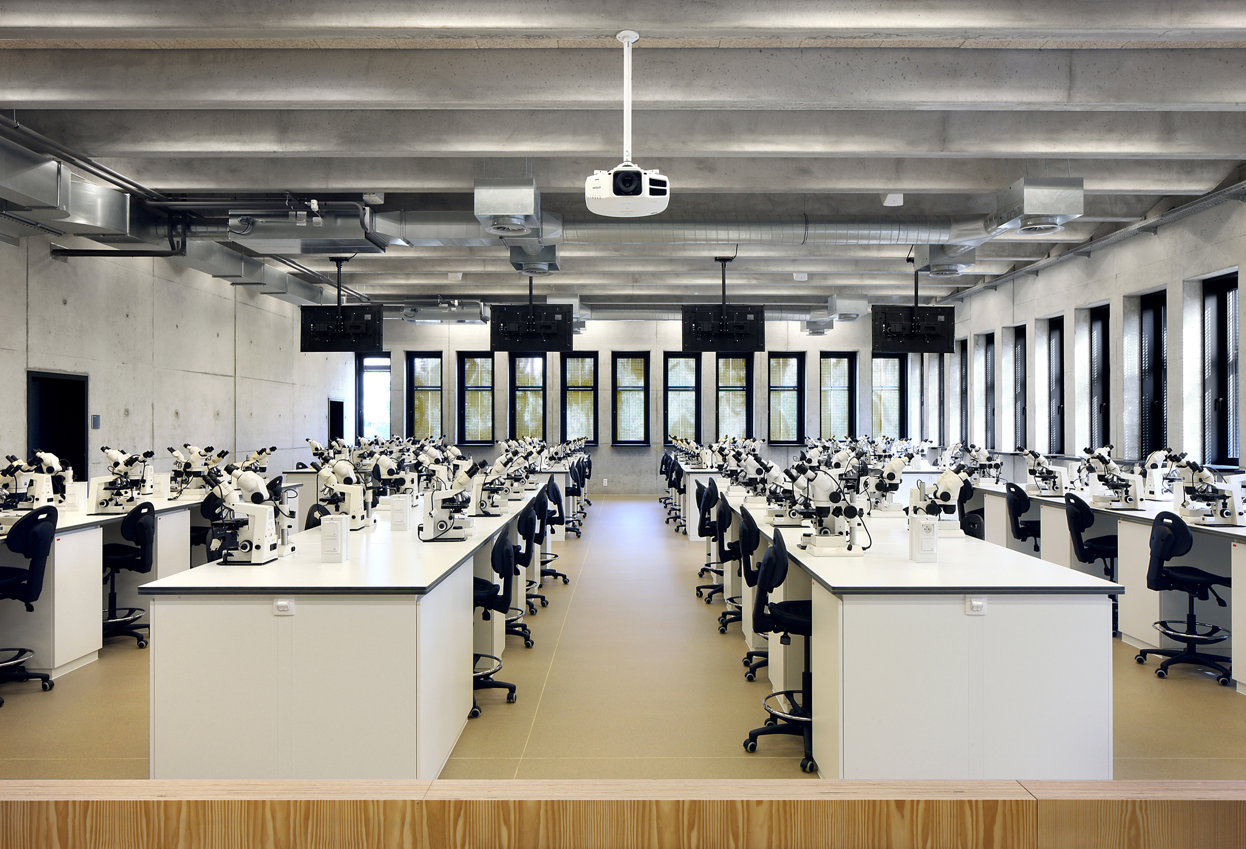 <p>Gebouw O Universiteit Antwerpen, foto&#8217;s © Filip Dujardin</p>