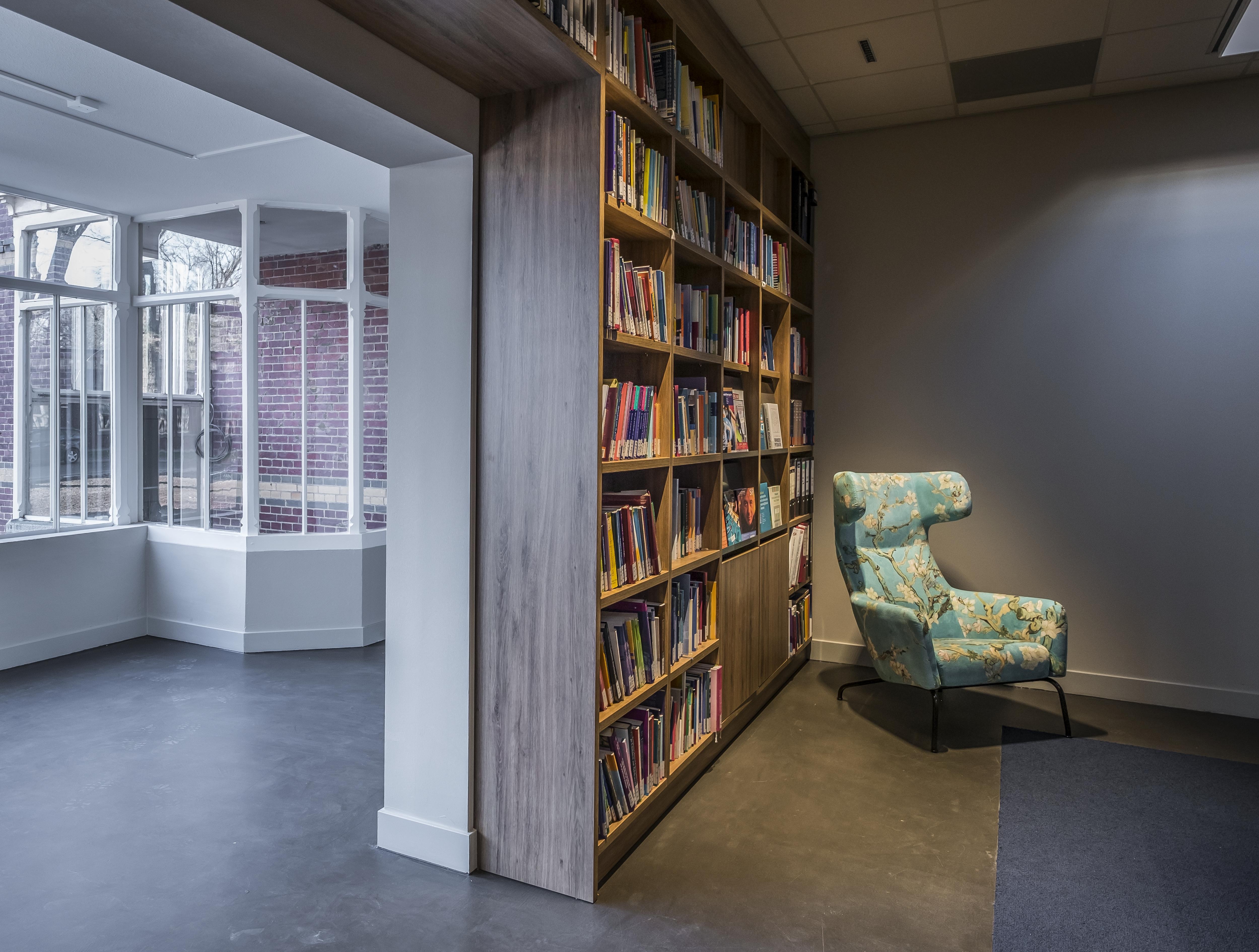 <p>Wetenschappelijke bibliotheek. Foto: Hans de Rooy</p>