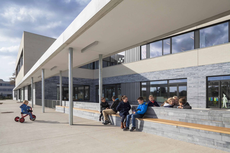 <p>Pergola basisschool De mAgneet – foto: Scagliola Brakkee</p>