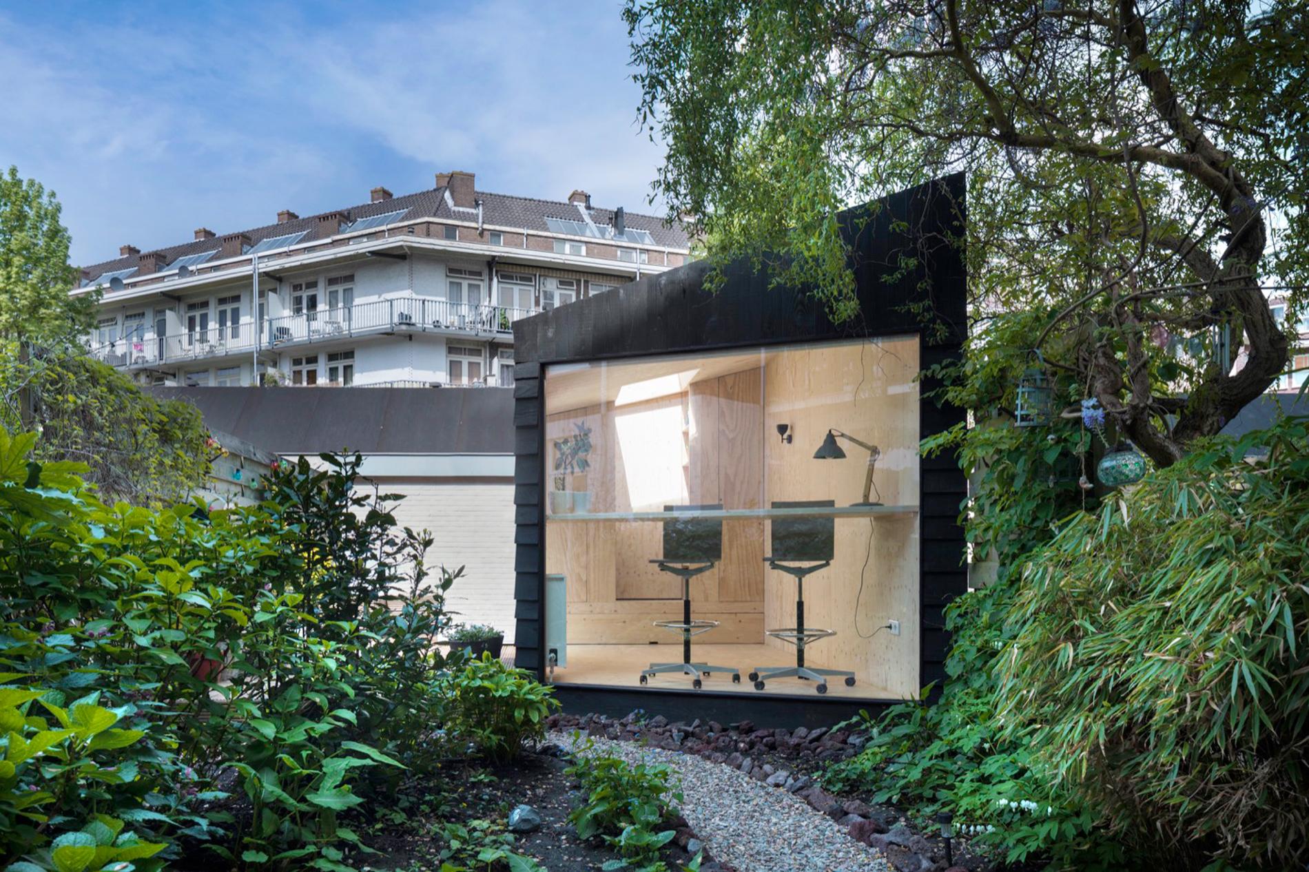 <p>Buitenzijde tuinhuis 'De Hoek'</p>