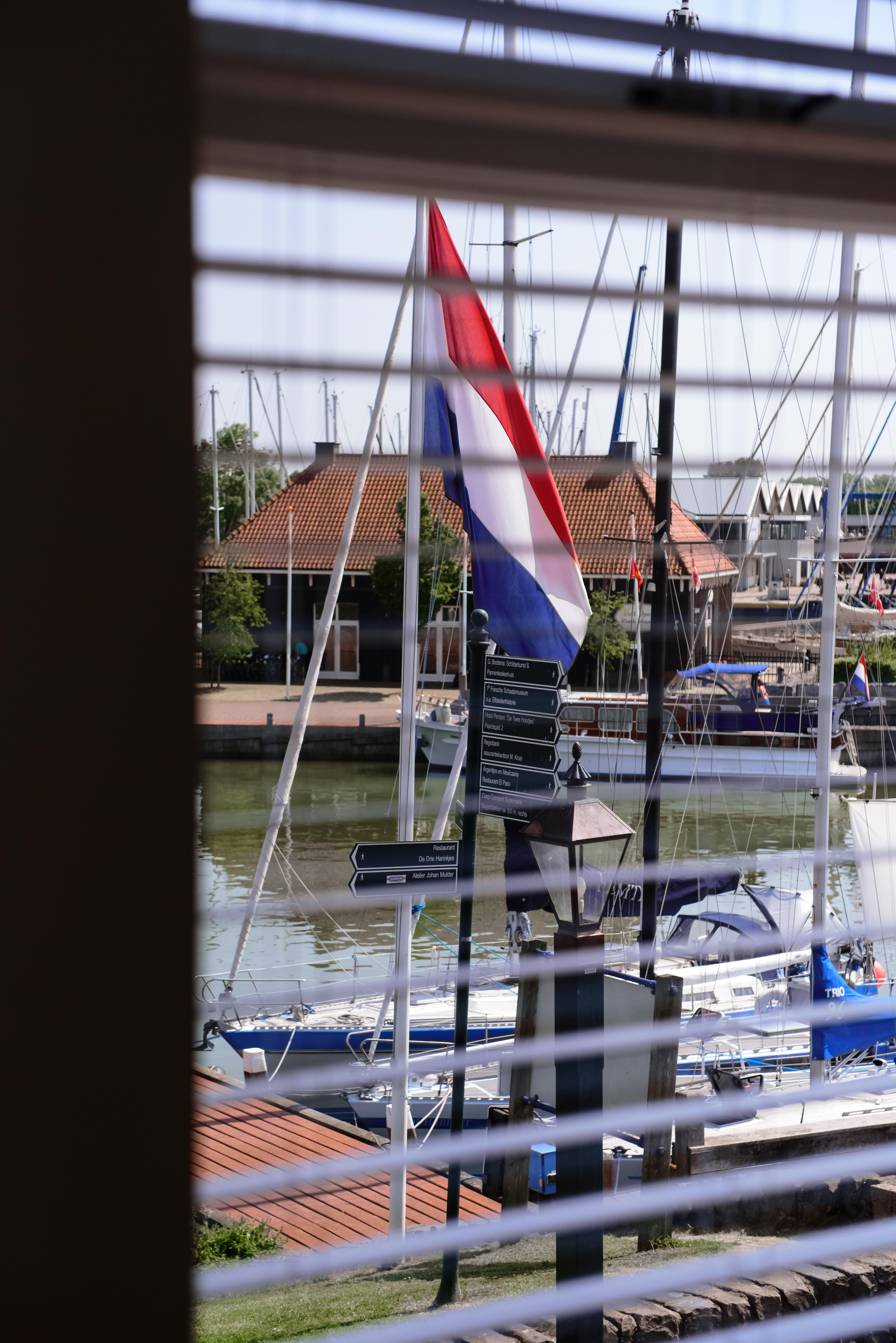 <p>Uitzicht op de haven</p>
