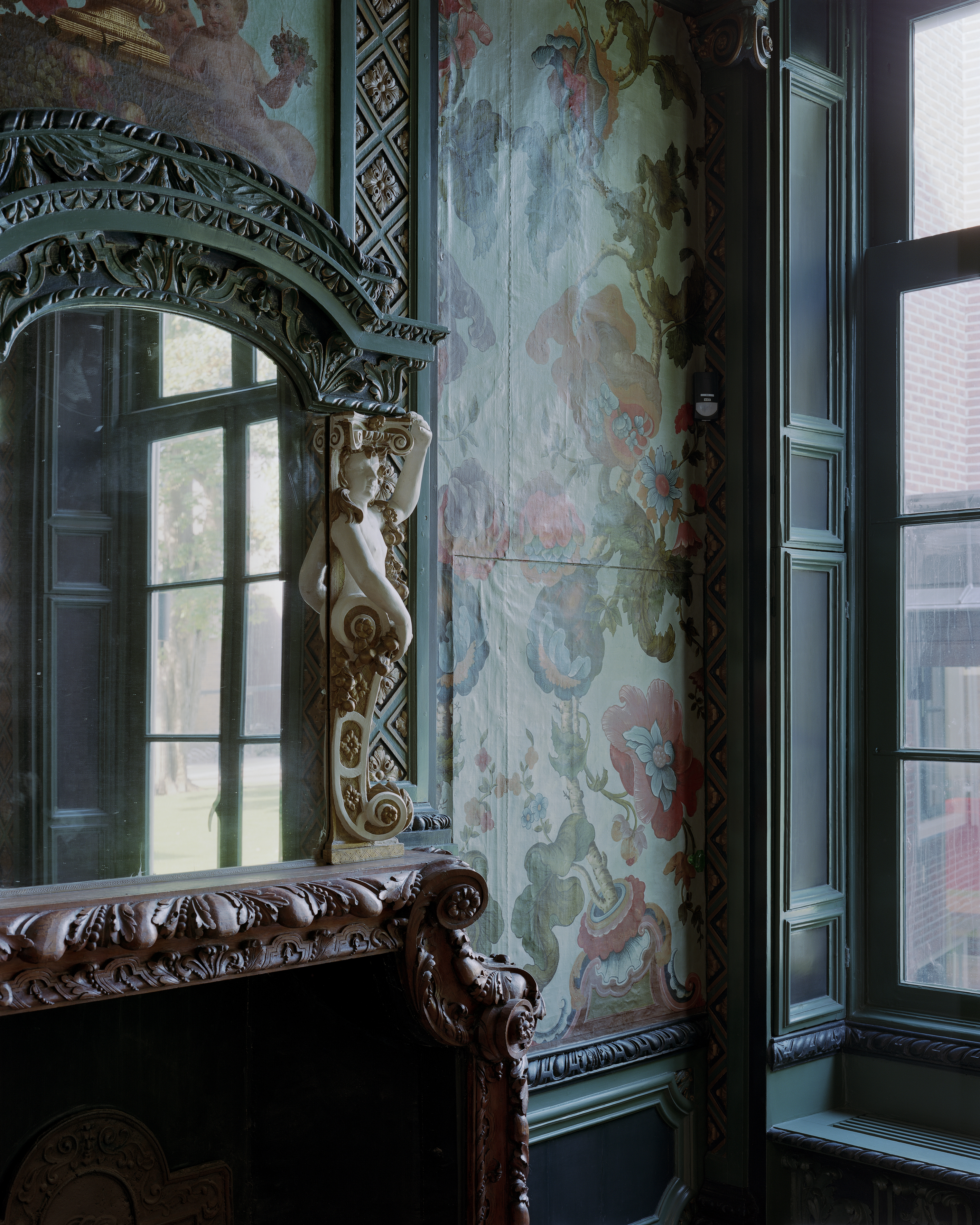 <p>Fryske Akademy, Coulonhûs, restauratie groene kamer, Foto Kim Zwarts</p>