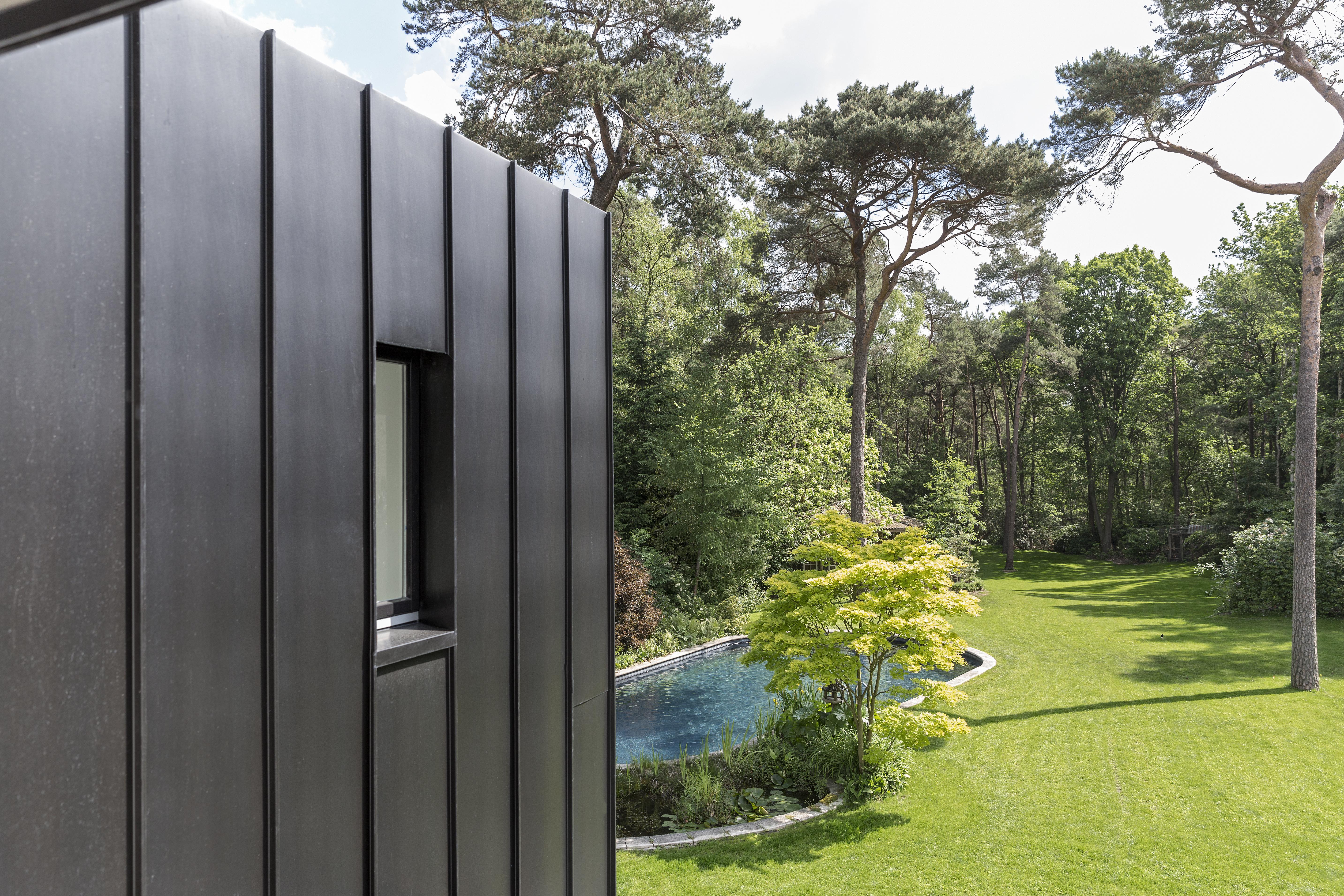 <p>Uitzicht op de tuin, fotografie: Ed van Rijswijk</p>