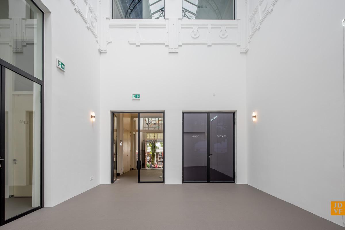 <p>Atrium. Foto: Jan de Vries Fotograaf</p>