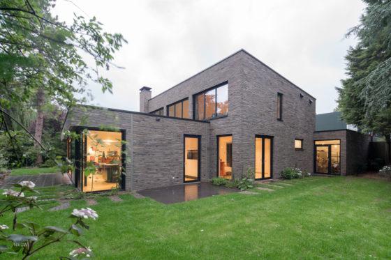 ARC17: Metamorfose jaren 70 huis Voorschoten - JADE architecten_Foto Ossip van Duivenbode