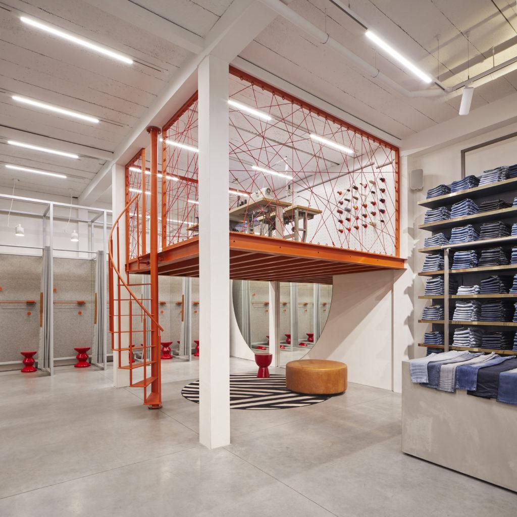 ARC17 Interieur: De Rode Winkel Utrecht – VEVS Interior Design - De ...
