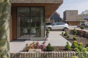 ARC17 Architectuur: 10 woningen op voormalig boerenerf – Maasland Architects + studioMAEK