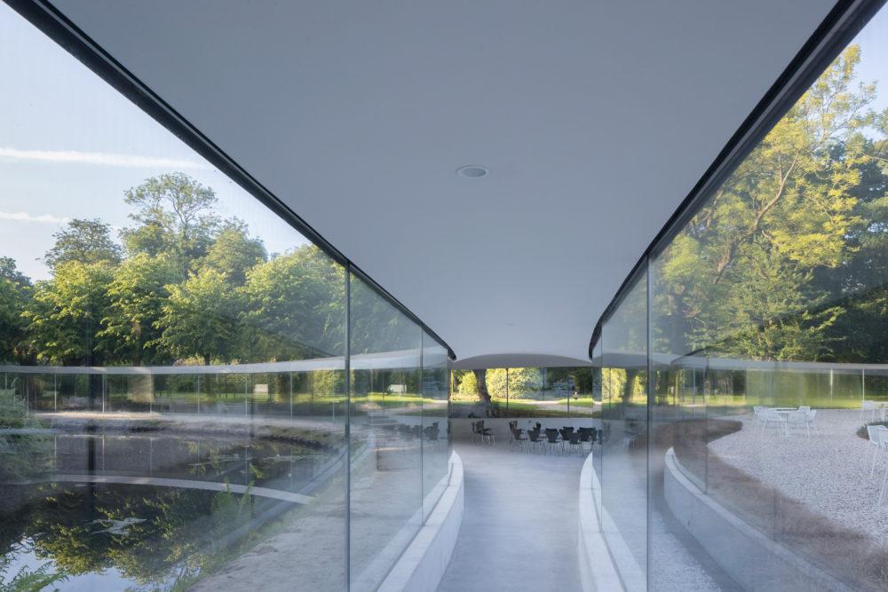 ARC17 Detail Award naar glazen Bezoekerspaviljoen Vijversburg