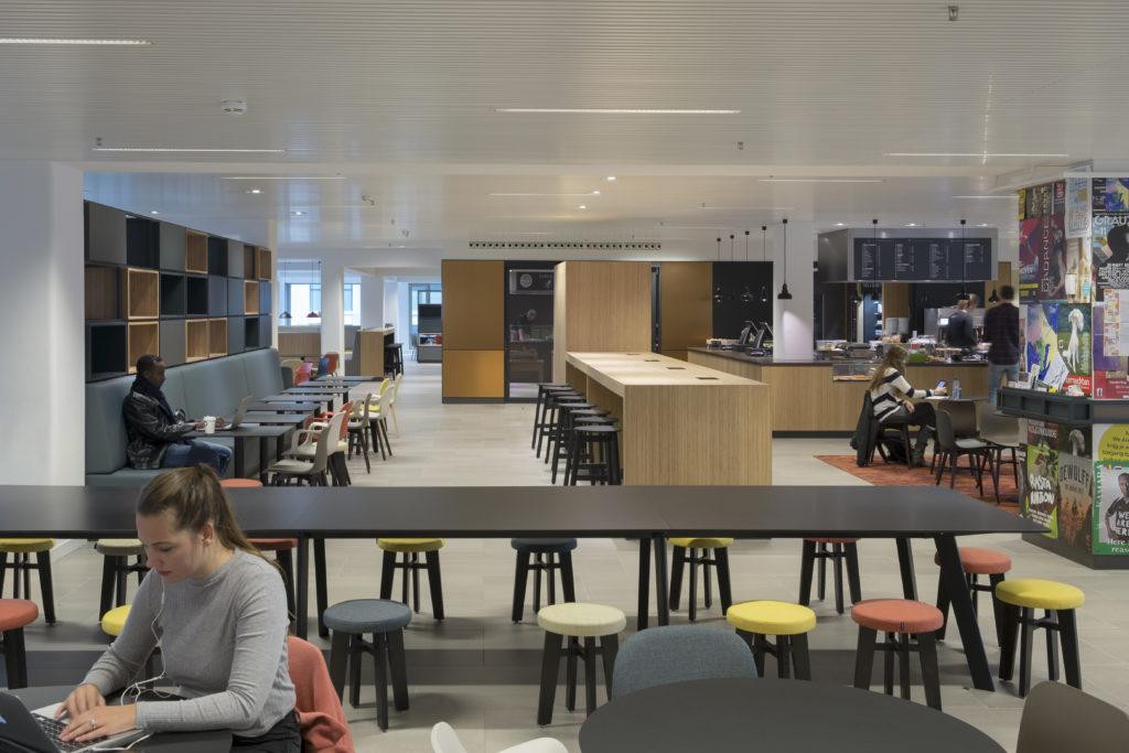 Campus Den Haag Universiteit Leiden door Geurst & Schulze architecten en studio Leon Thier