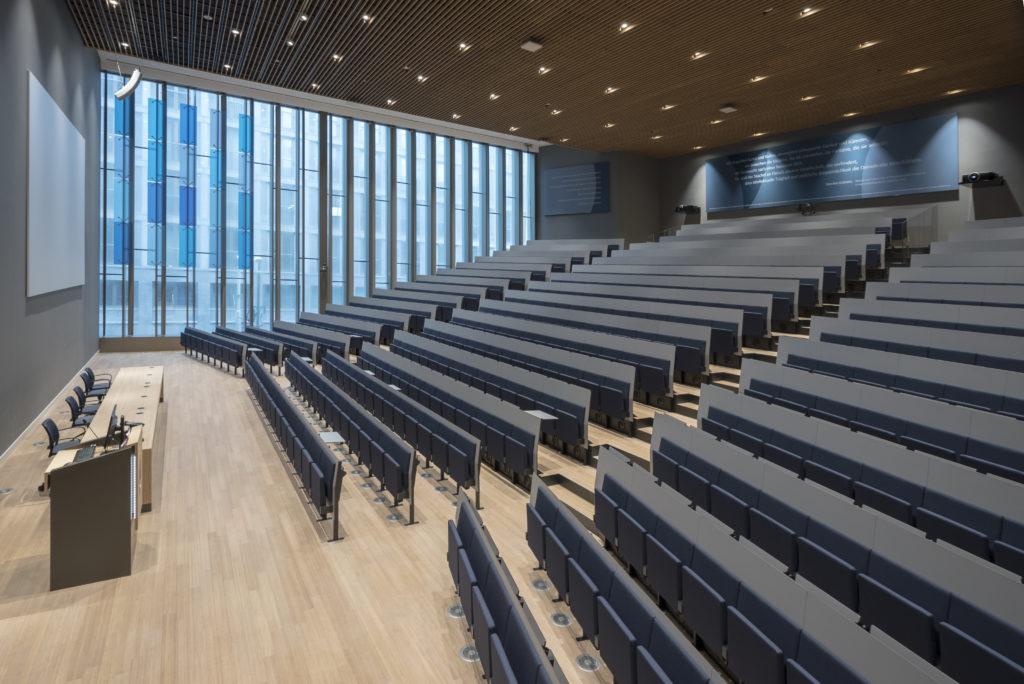 Universiteit Leiden - Campus Den Haag Foto Peter de Ruig