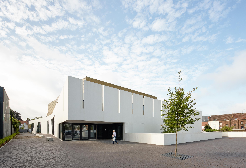 <p>CC Zaventem-achterzijde-ebtca-archiles architecten</p>