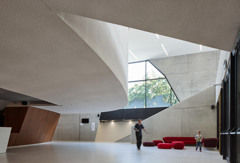 <p>CC Zaventem-foyer-ebtca-archiles architecten</p>