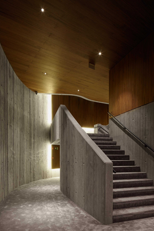 <p>CC Zaventem-trap concertzaal-ebtca-archiles architecten</p>