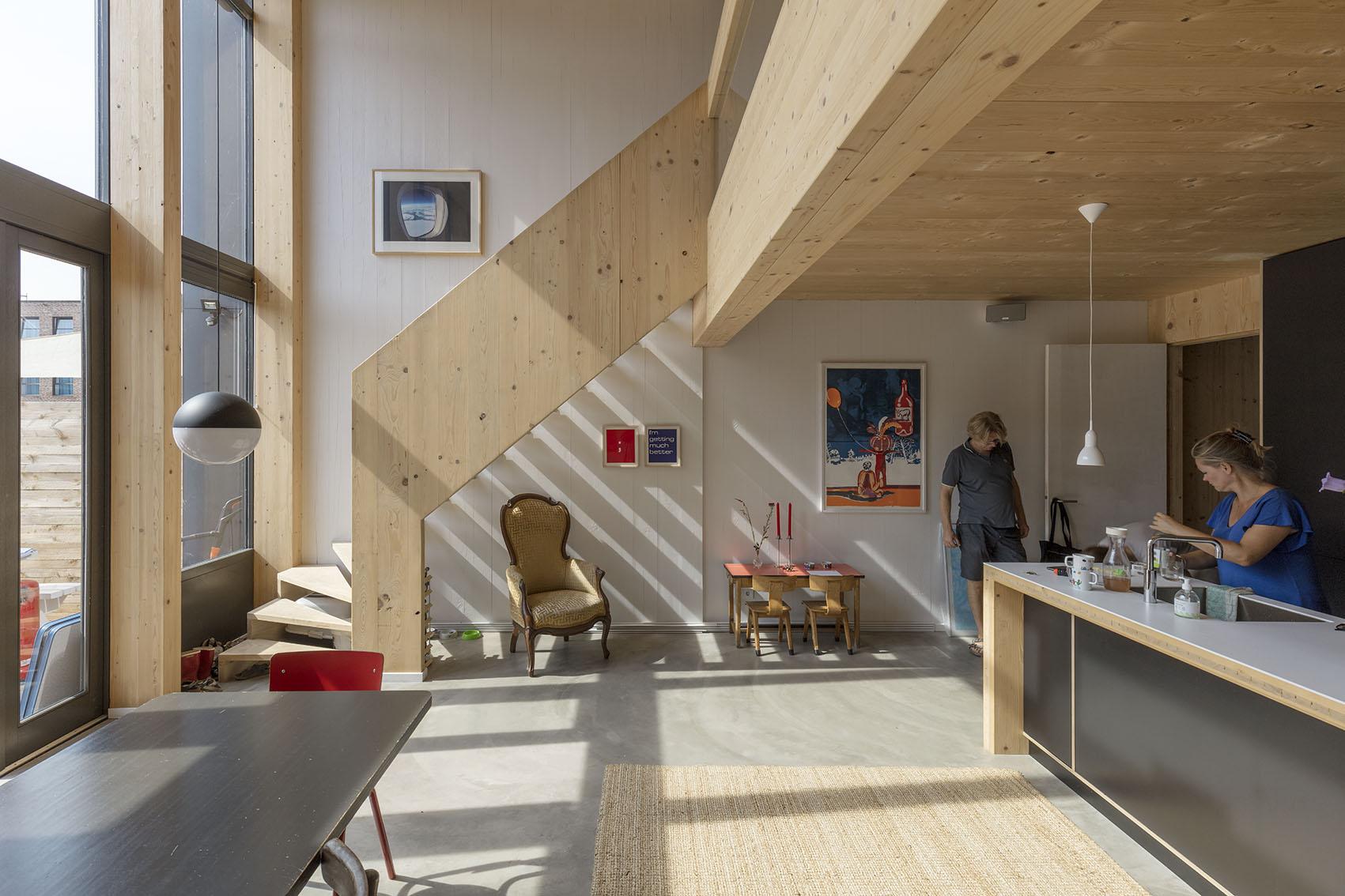 <p>Kavel 17 – dubbelhoge woonkeuken op begane grond  foto: Marcel van der Burg</p>