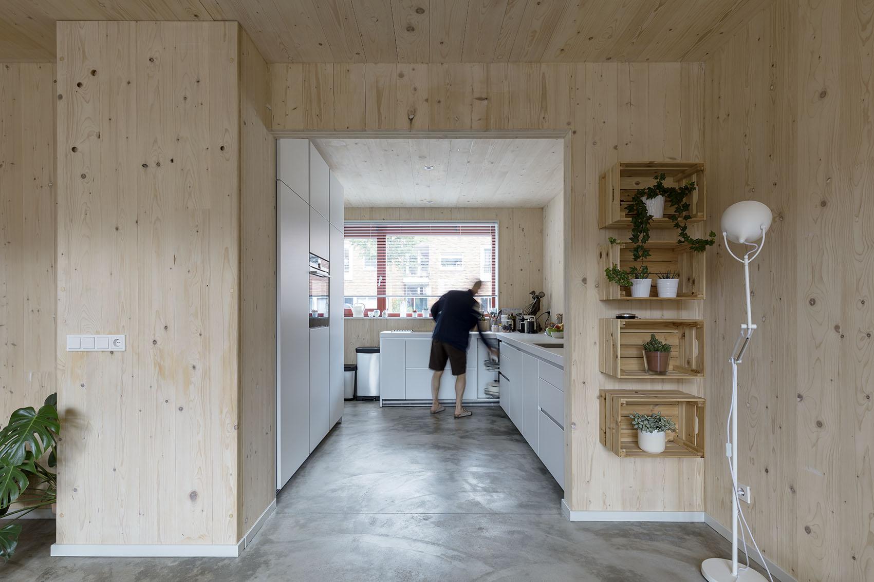 <p>Kavel 19 – keuken aan de straat   foto: Marcel van der Burg</p>