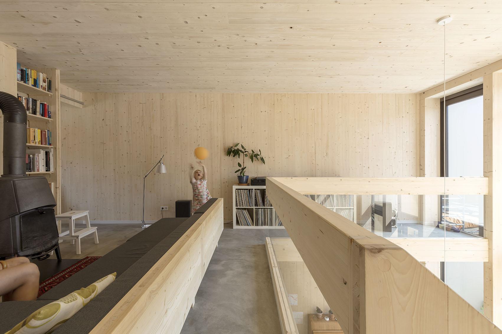 <p>Kavel 8 – woonkamer foto: Marcel van der Burg</p>