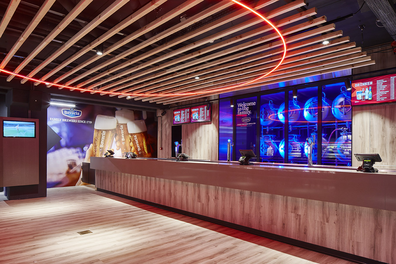 <p>Philips Stadion Promenade – revitalisering – uitgifte eten en drinken + biertanks</p>