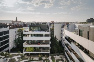 Slimme woningbouw in Berlijn: Wooncomplex Pasteurstrasse door Zanderroth Architekten