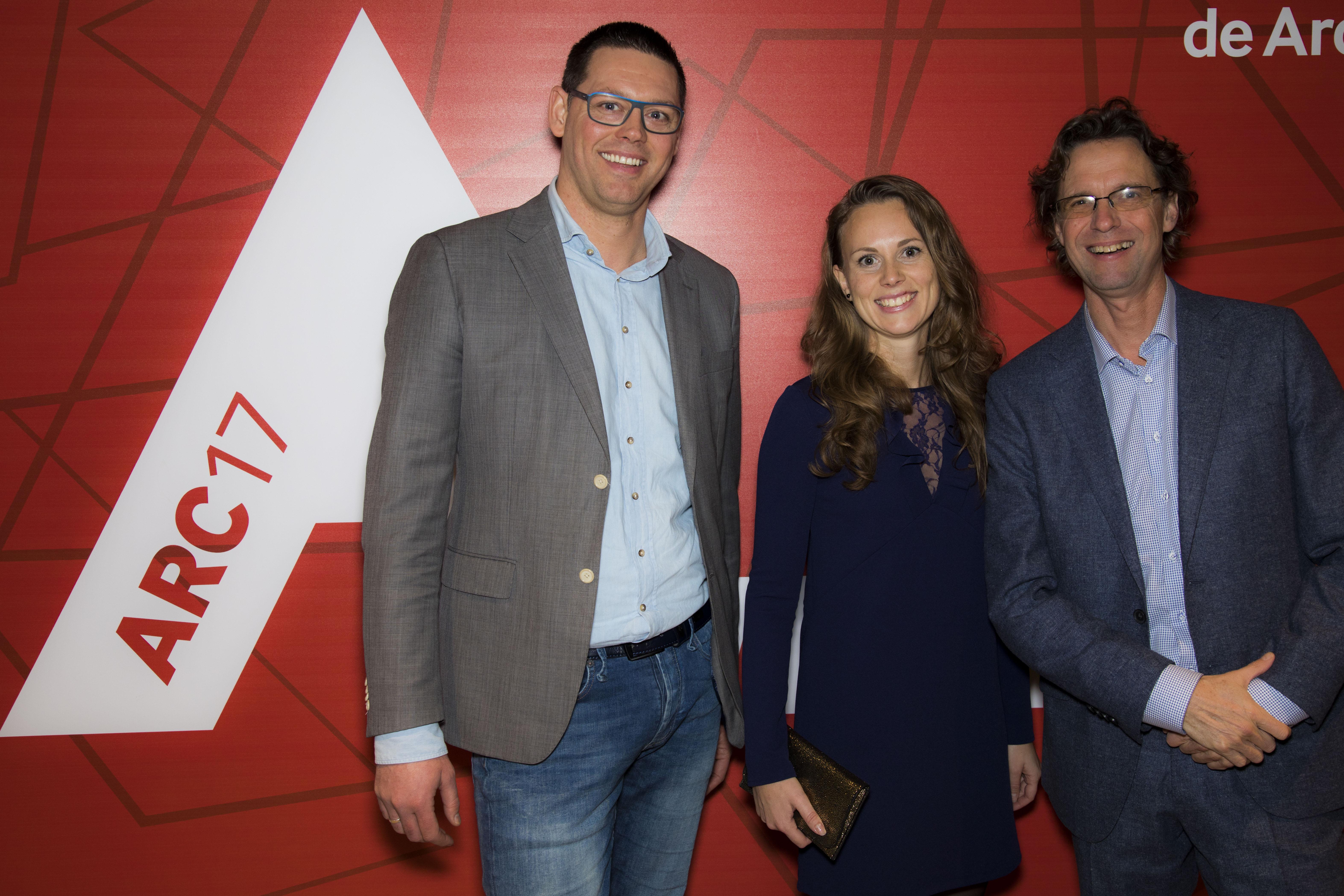 <p>ARC17 Van links naar rechts: Jeroen Kuilman, Sandra Foppen, Hans Bloemendaal (Rohde &#038; Grahl). Foto: Elvins Fotografie</p>