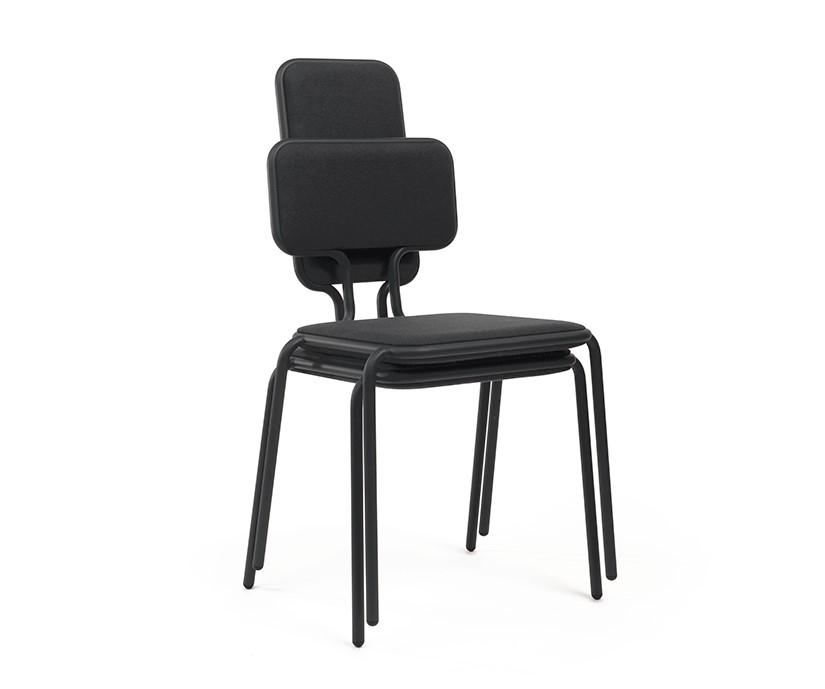 4.-PI_Kort_Frederik-Roije_Hight_Widt_Chair_1