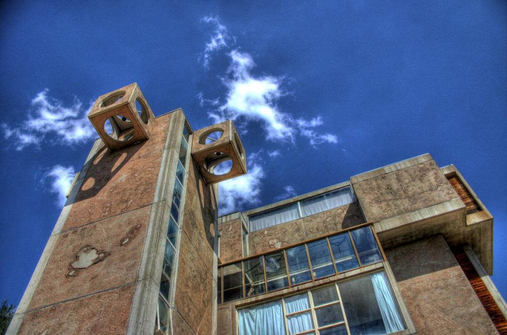 De idealistische nederzetting Arcosanti door Paolo Soleri