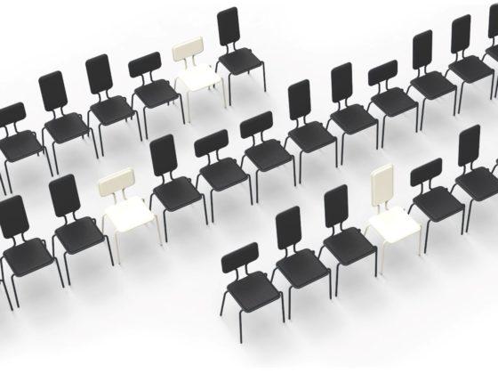 Frederik Roije-Heigt Width Chair