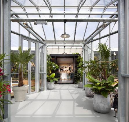 Zoku-greenhouse_Ewout-Huibers_Interview Robert Mulder_Magazine maart 2018