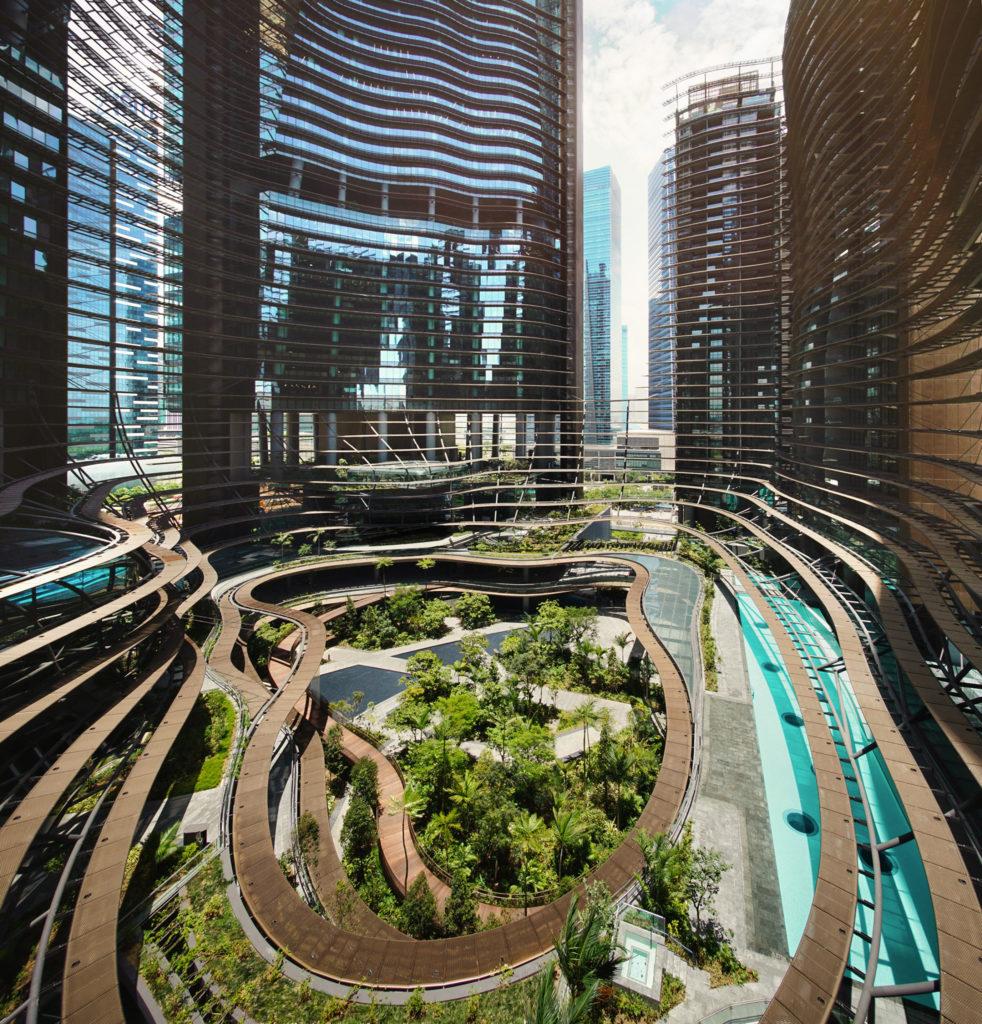 Marina One in Singapore door Ingenhoven Architects. Foto H.G. Esch
