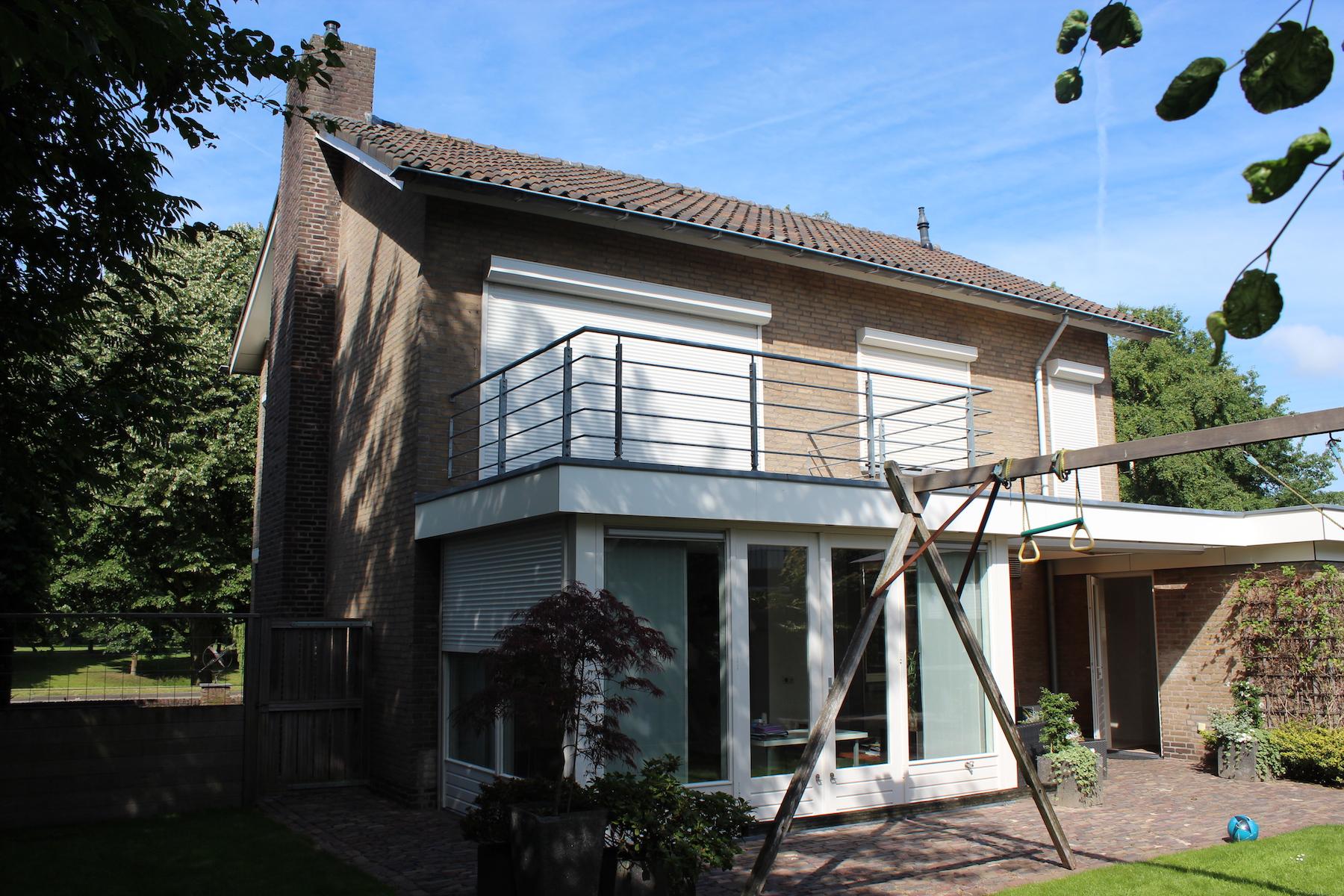 <p>OUD – Jaren 70 woning wordt moderne villa, fotografie: Bob Romijnders</p>