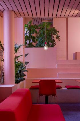 The Movement Hotel in de Bijlmerbajes door ÈMCÉ interior architecture (Foto: Wouter van der Sar en ÈMCÉ interior architecture)