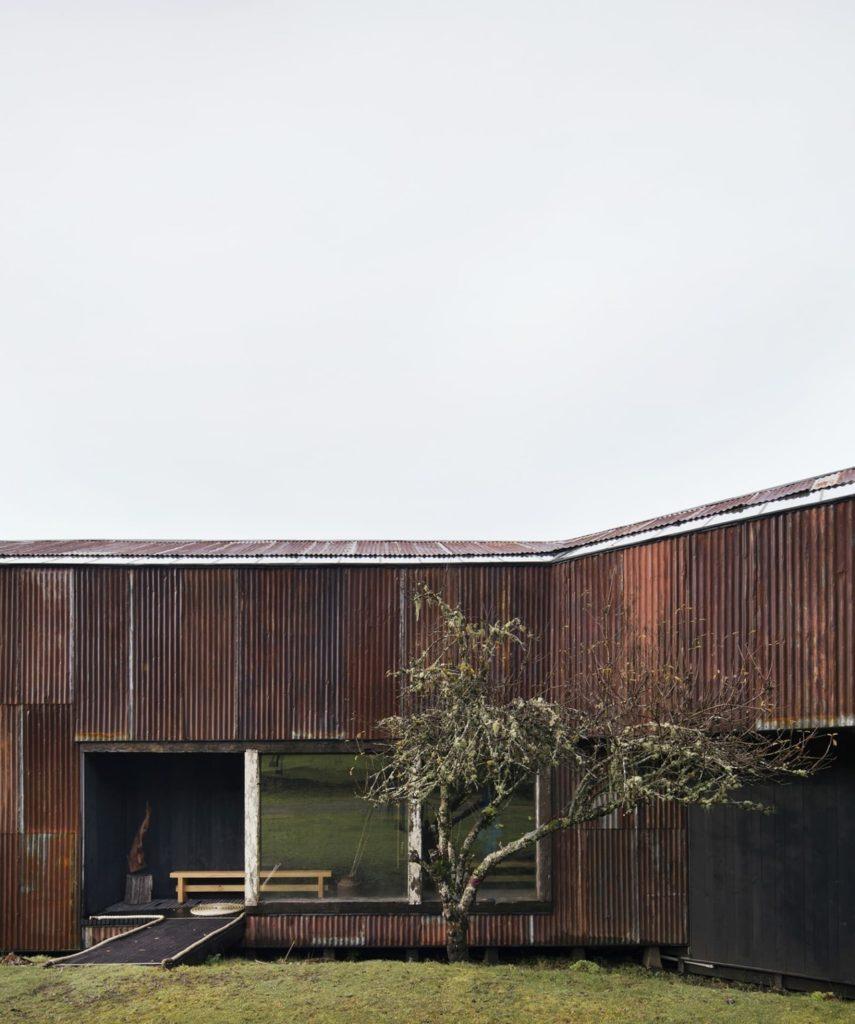 Pollo House in Chili door Ortuzar Gebauer Arquitectos, beeld Federico Cairoli