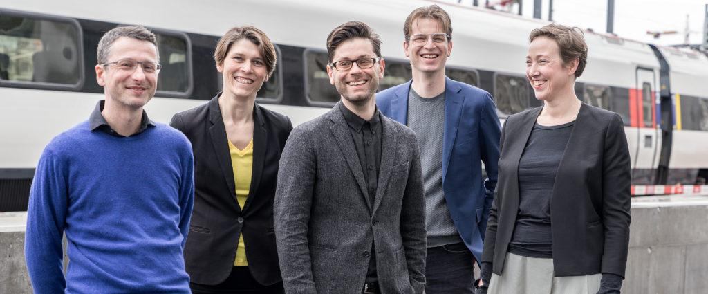 Xavier Blaringhem, Renske van der Stoep, Jeroen Dirckx, Edward Schuurmans en Anouk Kuitenbrouwer zijn de nieuwe partners van KCAP Architects&Planners, beeld Daniela Valentini