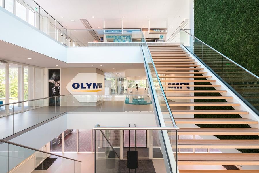 Het interieur van het kantoor van Olympus Nederland. Foto: Stijn Poelstra
