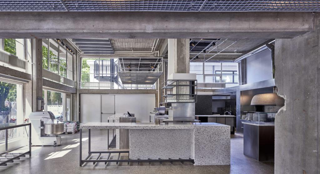 Old Scuola in het Industriegebouw Rotterdam door IWT, beeld Pim Top